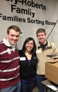 HOBY TN Alumni at a volunteer event at Second Harvest Food Bank.